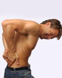 болить спина фото