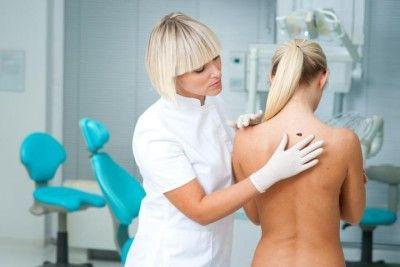 Симптоми і лікування фіброми шкіри на тілі та обличчі людини