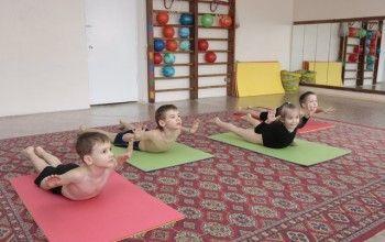 Вправи для формування правильної постави у дітей